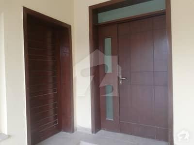 لیک سٹی ۔ سیکٹر ایم ۔ 1 لیک سٹی لاہور میں 4 کمروں کا 12 مرلہ مکان 1.6 کروڑ میں برائے فروخت۔