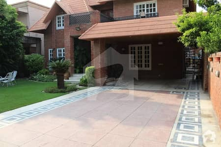 20 Marla Owner Built House available for Sale in Phase 3 DHA Defence