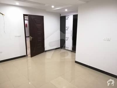 610 Sq Ft Flat Is Available For Sale In Bahria Town Secotr C Lahore