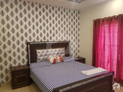 10 Marla Fully Furnished 2 beds Lower Portion with Gas
