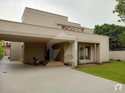 مین بلیوارڈ گلبرگ گلبرگ لاہور میں 4 کمروں کا 1.5 کنال مکان 2 لاکھ میں کرایہ پر دستیاب ہے۔