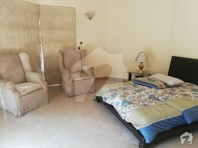 ایف ۔ 7 اسلام آباد میں 4 کمروں کا 1.33 کنال مکان 3.5 لاکھ میں کرایہ پر دستیاب ہے۔