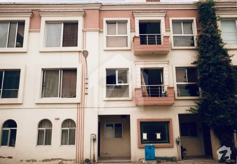 Apartment Available For Rent With Gas