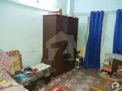 اندہ موڑ روڈ کراچی میں 2 کمروں کا 3 مرلہ فلیٹ 16 ہزار میں کرایہ پر دستیاب ہے۔