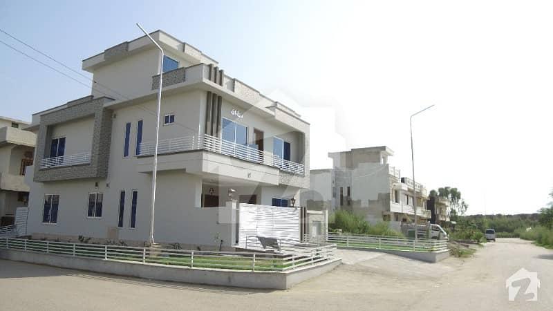 جی ۔ 13/2 جی ۔ 13 اسلام آباد میں 5 کمروں کا 8 مرلہ مکان 3.25 کروڑ میں برائے فروخت۔