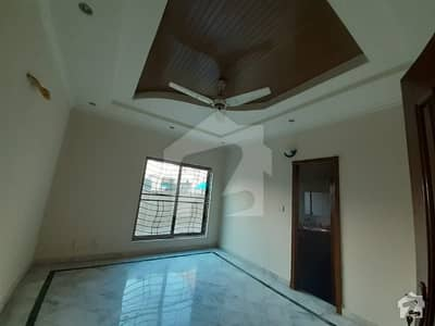 1 Kanal Luxurious Lower Portion Available For Rent In DHA Phase 5