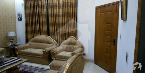 اقبال ایونیو فیز 3 اقبال ایوینیو لاہور میں 4 کمروں کا 10 مرلہ مکان 2.1 کروڑ میں برائے فروخت۔