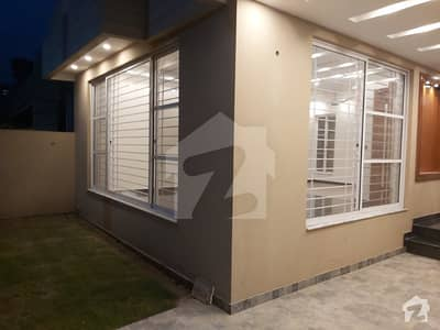 ZERO METER 16 MARLA FULL HOUSE AVAILABLE FOR RENT
