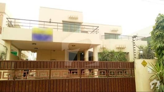 ڈی ایچ اے فیز 4 ڈیفنس (ڈی ایچ اے) لاہور میں 4 کمروں کا 1 کنال مکان 1.15 لاکھ میں کرایہ پر دستیاب ہے۔