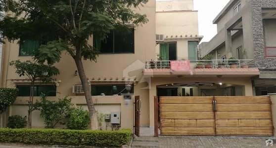بحریہ ٹاؤن فیز 2 ایکسٹینشن بحریہ ٹاؤن راولپنڈی راولپنڈی میں 6 کمروں کا 14 مرلہ مکان 2.55 کروڑ میں برائے فروخت۔