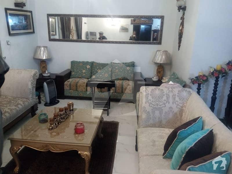 پی اے ایف فالکن کمپلیکس گلبرگ لاہور میں 3 کمروں کا 1 کنال بالائی پورشن 70 ہزار میں کرایہ پر دستیاب ہے۔