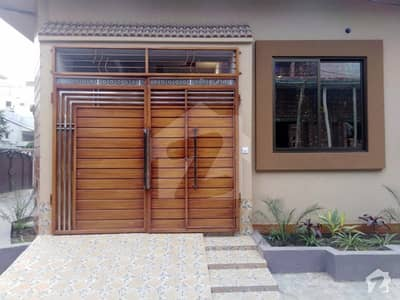 سمن آباد لاہور میں 4 کمروں کا 5 مرلہ مکان 1.5 کروڑ میں برائے فروخت۔