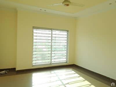 شاہین ٹاؤن اسلام آباد میں 4 کمروں کا 5 مرلہ مکان 43 ہزار میں کرایہ پر دستیاب ہے۔