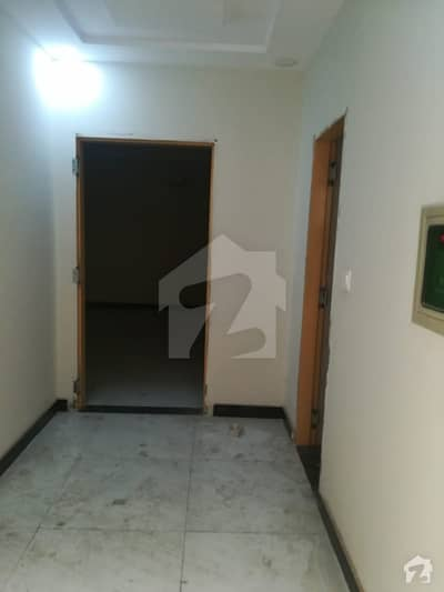 لیک سٹی لاہور میں 1 کمرے کا 3 مرلہ فلیٹ 18 ہزار میں کرایہ پر دستیاب ہے۔
