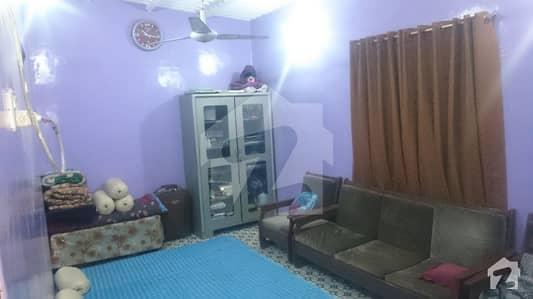 لائنز ایریا کراچی میں 4 کمروں کا 4 مرلہ مکان 20 ہزار میں کرایہ پر دستیاب ہے۔
