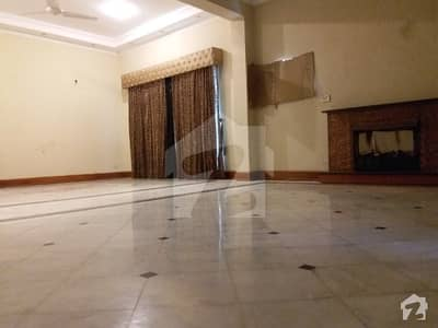 1 Kanal Single Storey Owner Build Bungalow For Sale Near To Y Block Mcdonald Phase 3 Dha Lahore