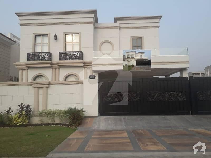 ڈی ایچ اے فیز 6 - بلاک ڈی فیز 6 ڈیفنس (ڈی ایچ اے) لاہور میں 5 کمروں کا 1 کنال مکان 2.1 لاکھ میں کرایہ پر دستیاب ہے۔