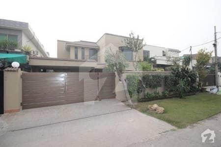 ڈی ایچ اے فیز 3 ڈیفنس (ڈی ایچ اے) لاہور میں 5 کمروں کا 1 کنال مکان 1.7 لاکھ میں کرایہ پر دستیاب ہے۔