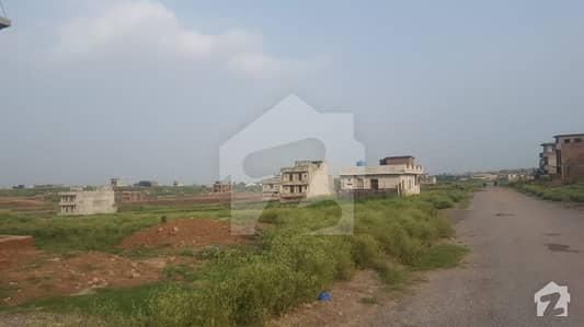I-11/2 Ready For Construction 25x40 Level Plot For Sale