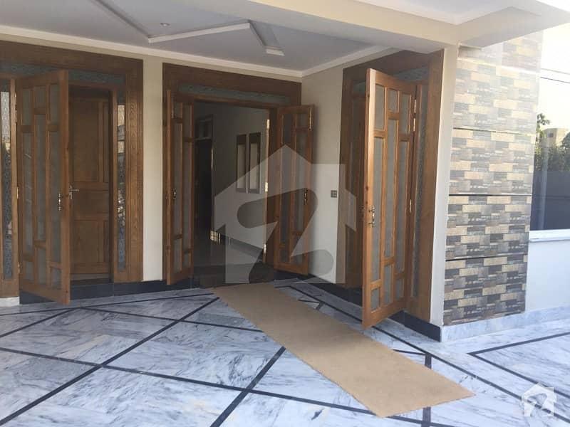 پی ڈبلیو ڈی روڈ اسلام آباد میں 3 کمروں کا 12 مرلہ زیریں پورشن 36 ہزار میں کرایہ پر دستیاب ہے۔