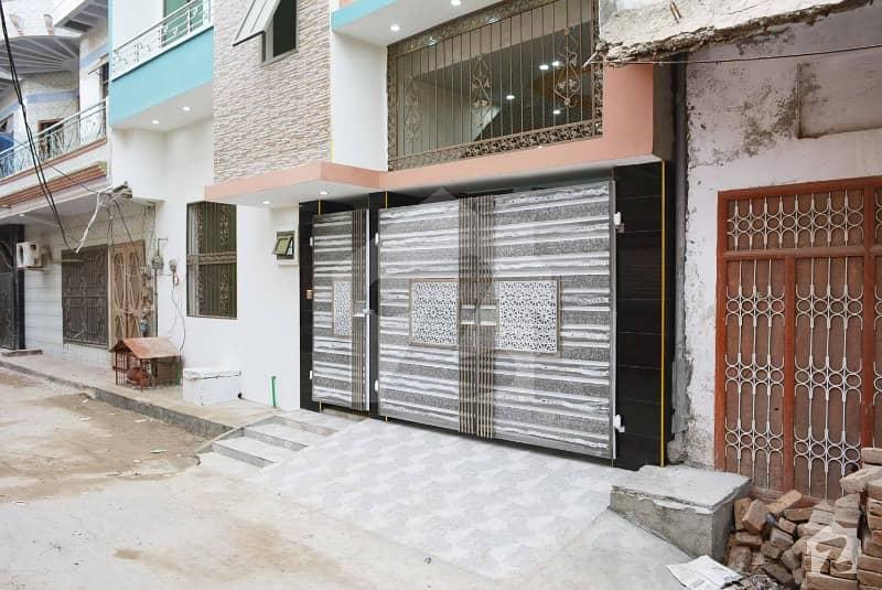 سرگودھا - سلاں والی روڈ سرگودھا میں 5 کمروں کا 5 مرلہ مکان 1 کروڑ میں برائے فروخت۔