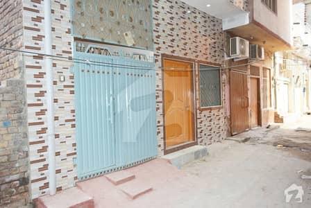 سوسائٹی کالونی سرگودھا میں 4 کمروں کا 4 مرلہ مکان 45 لاکھ میں برائے فروخت۔