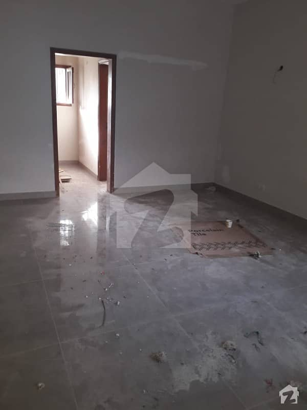 575 Yards Bungalow For Sale In Clifton Block 8
