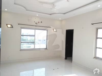 One Kanal Slightly Used Upper Portion For Rent In Dha Phase 5 Top Location L Block Near By Lgs And Wateen Chowk Original Pitchers  Reasonable Rent More Options Available In Dha Defence