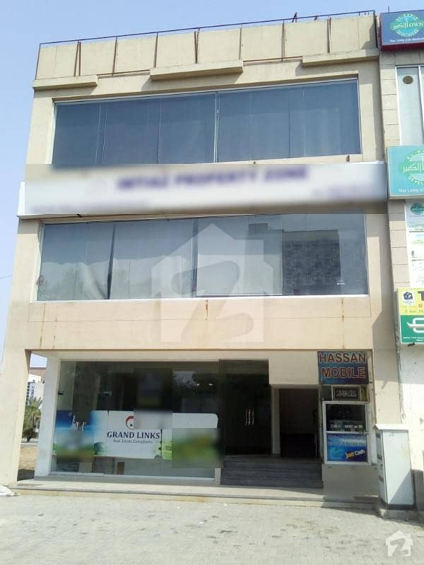 6 Marla Corner Plaza Fully Furnished Prime Location Bahria Town Lahore