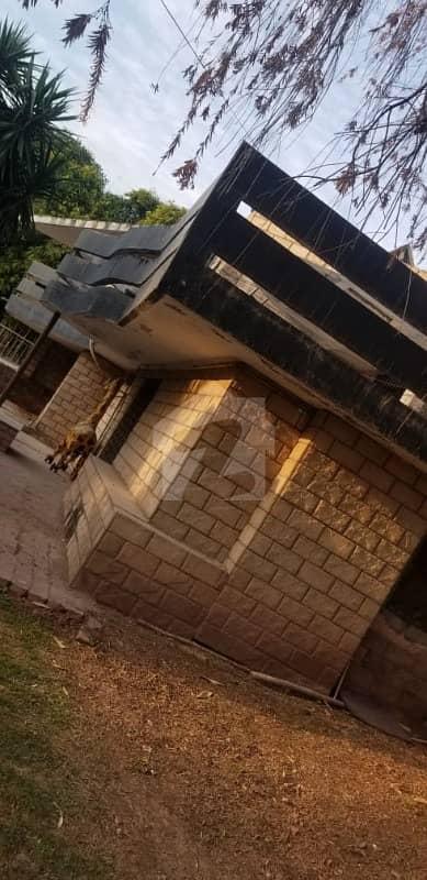 چک شہزاد اسلام آباد میں 5 کمروں کا 16 کنال فارم ہاؤس 19 کروڑ میں برائے فروخت۔