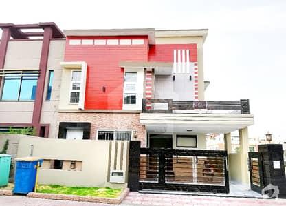 Decent Design Luxury 10 Marla House For Sale