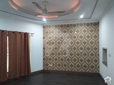 ڈی ایچ اے فیز 3 - بلاک ڈبلیو فیز 3 ڈیفنس (ڈی ایچ اے) لاہور میں 5 کمروں کا 1 کنال مکان 1.2 لاکھ میں کرایہ پر دستیاب ہے۔