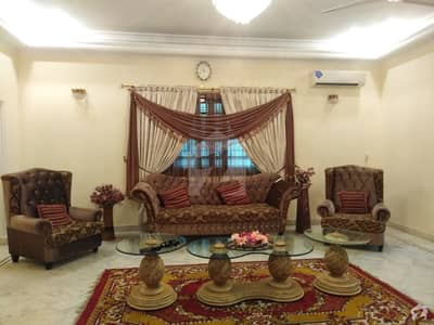 500 Sq Yards  Furnished Unfurnished Bungalow 5 Beds Attached  Bath  2 Kitchens  5 Cars Parking Line Water