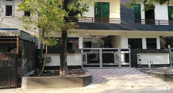 جی ۔ 8/2 جی ۔ 8 اسلام آباد میں 5 مرلہ مکان 2.95 کروڑ میں برائے فروخت۔