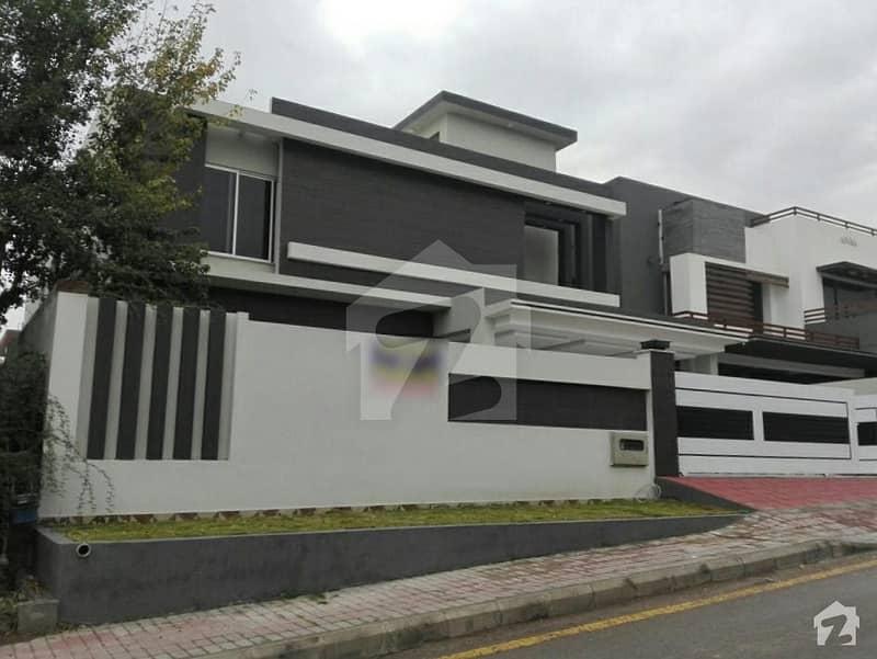 بحریہ ٹاؤن فیز 3 بحریہ ٹاؤن راولپنڈی راولپنڈی میں 6 کمروں کا 1 کنال مکان 4.6 کروڑ میں برائے فروخت۔