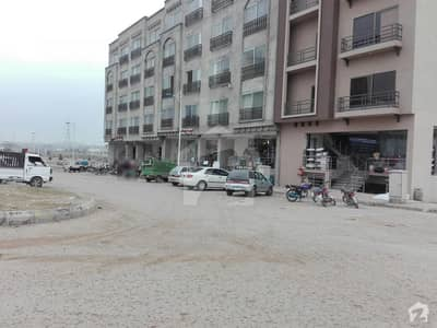 Flat Available For Rent In Bahria Town Phase 8