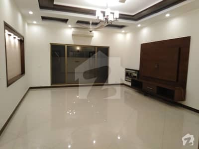 1 Kanal Most Releasable Hot Deal House For Rent At DHA Phase 3