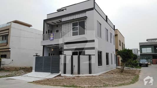 5 Marla Brand New Corner House For Sale In Rose Block Of Park View Villas Lahore