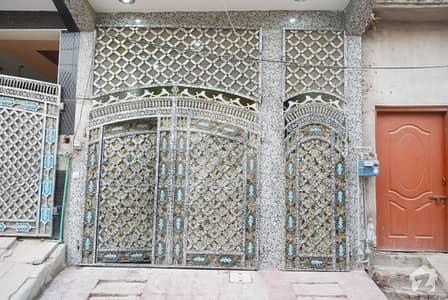 سرگودھا - سلاں والی روڈ سرگودھا میں 4 کمروں کا 2 مرلہ مکان 45 لاکھ میں برائے فروخت۔