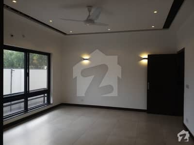 1 Kanal Brand New Mazhar Munir Design House is available for Rent