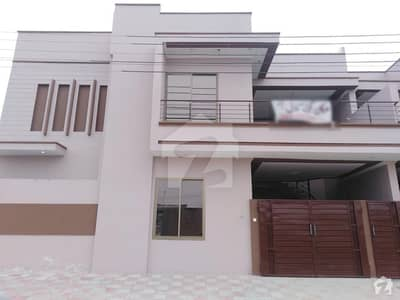 رائل سٹی ہاؤسنگ سکیم بہاولپور میں 2 کمروں کا 5 مرلہ مکان 14 ہزار میں کرایہ پر دستیاب ہے۔