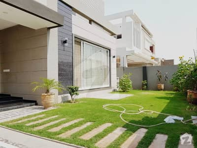 1 Kannal With Full Basement 1 Year Old Construction Modern House