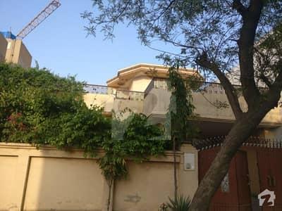 گرین ایوینیو ہاؤسنگ سوسائٹی کینٹ لاہور میں 6 کمروں کا 1 کنال مکان 2.35 کروڑ میں برائے فروخت۔