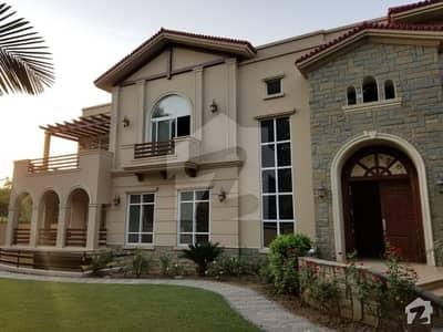 ایف ۔ 7 اسلام آباد میں 7 کمروں کا 2 کنال مکان 10 لاکھ میں کرایہ پر دستیاب ہے۔