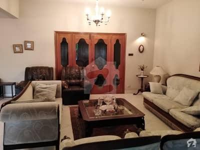 سِی ویو اپارٹمنٹس کراچی میں 3 کمروں کا 12 مرلہ فلیٹ 1.6 لاکھ میں کرایہ پر دستیاب ہے۔