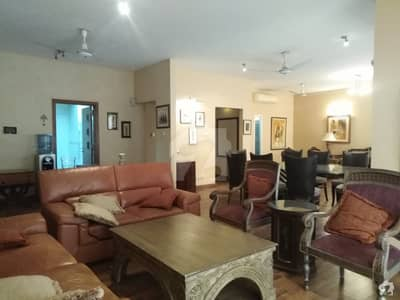 West Open 11th Floor Flat Is Available For Rent