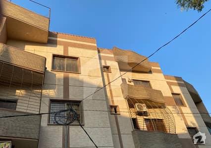 گلستانِِ جوہر ۔ بلاک 2 گلستانِ جوہر کراچی میں 4 کمروں کا 8 مرلہ بالائی پورشن 1.15 کروڑ میں برائے فروخت۔