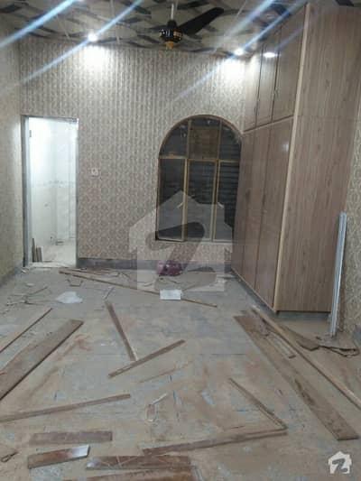 ڈیوس روڈ لاہور میں 2 کمروں کا 10 مرلہ زیریں پورشن 40 ہزار میں کرایہ پر دستیاب ہے۔