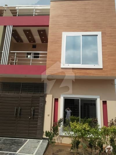 3 Marla House for Sale In Formantes And electricity And park And Lgs School other Facilities and Play ground In available Near ring Rode near Phase 5dha