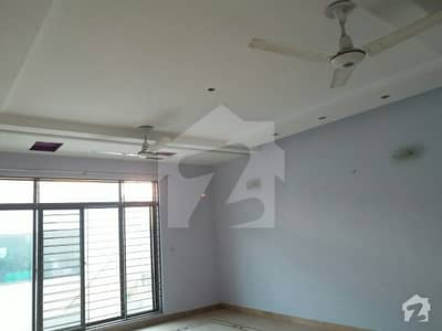 defence 1knaal 3bed upper portion for rent in Ph4